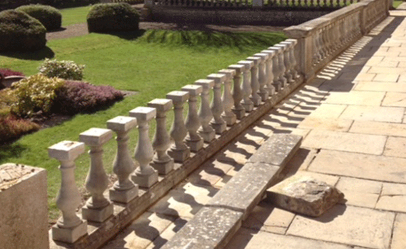 Stone balustrades & coping stones