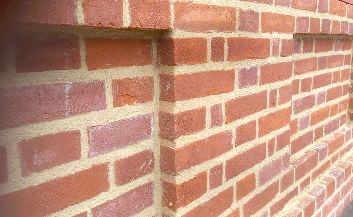 Decorative flemish bond wall